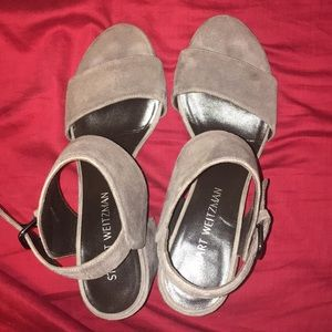Stuart Weitzman suede grey heels